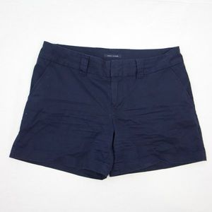 Tommy Hilfiger Dark Blue shorts with clasp closure